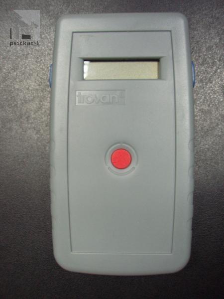 Čítacie zariadenie mikročipu